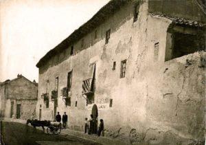 """La casa a Valladolid dove sarebbe morto """"in povertà"""" Colombo nel 1506."""