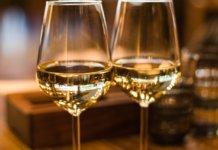 Bicchiere di vino bianco