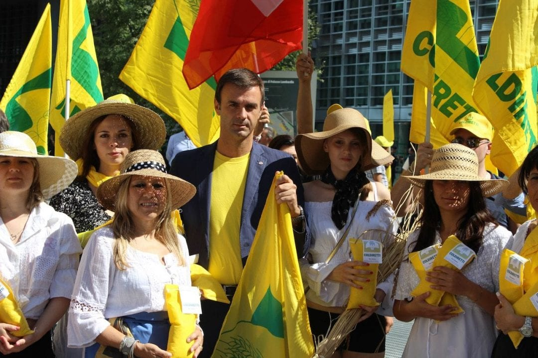 Il presidente Coldiretti Ettore Prandini alla manifestazione svoltasi a Roma per festeggiare la decisione assunta dall'Ue d'introdurre dazi sulle importazioni di riso da Birmania e Cambogia