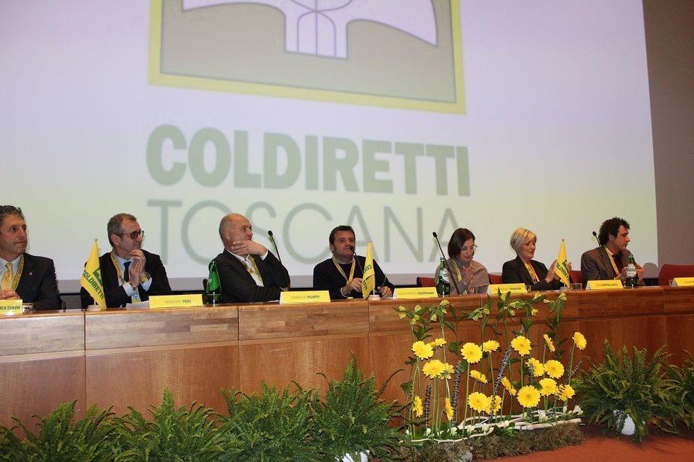 Il Ministro Centinaio agli Stati Generali dell'Agricoltura Toscana organizzato da Coldiretti al Palazzo dei Congressi di Firenze
