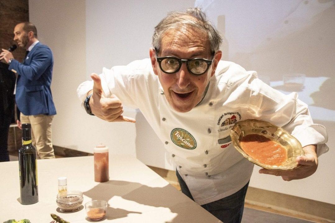 IlConsorzio Olio Toscano IGPha scelto come testimonial il gelataio Vetulio Bondi de I gelati del Bondi, Firenze
