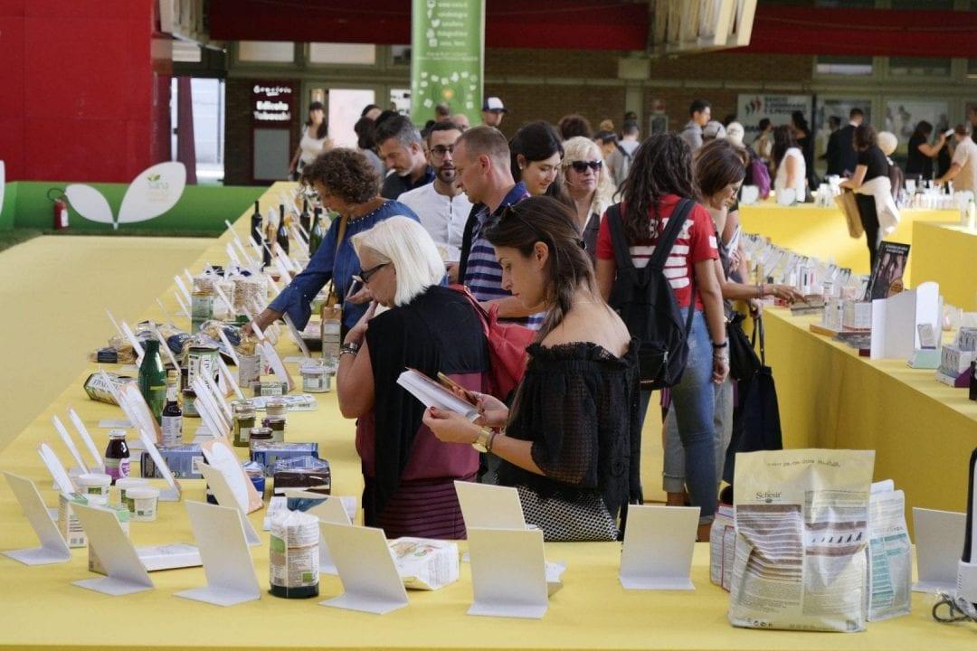 Nuovi prodotti, packaging rivisitati, restyling di linee esistenti, modifiche negli ingredienti e nelle formulazioni: SANA è la manifestazione di riferimento del biologico e del naturale in Italia