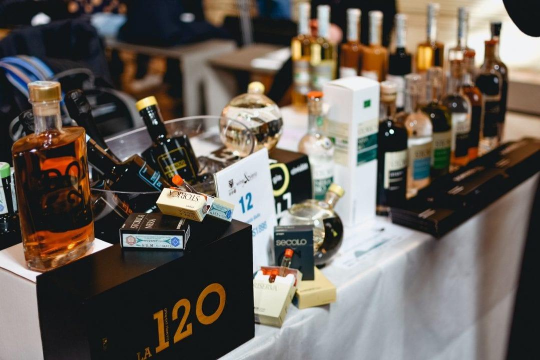 Grappe e distillati tra i banchi di assaggio a Wine&Siena